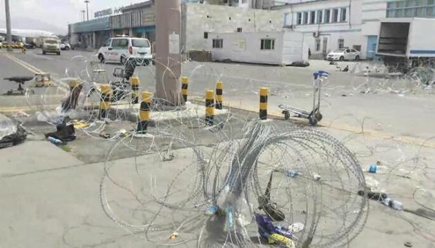 СМИ показали аэропорт Кабула после вывода американских войск