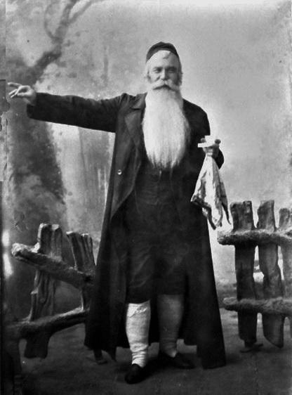 Іван Тобілевич у ролі Янкеля у виставі Судженої конем не об'їдеш, 1896 р.