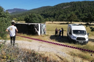 One killed, 49 injured as bus with Ukrainian tourists overturns in Turkey
