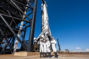 Перша цивільна космічна місія Inspiration4 вирушила на орбіту