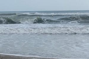 Шторм у побережья Франции унес по меньшей мере девять жизней