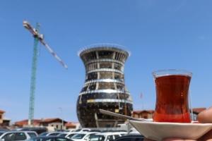 В столице «чайной» провинции Турции строят 29-метровый стакан – бардак