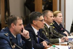 Заместитель министра обороны встретился с делегацией США
