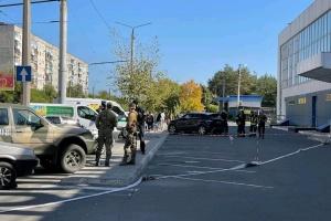 На Луганщине неизвестные угрожали терактами и выдвинули политические требования
