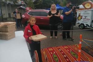 В Херсоне на День города установили рекорд по самому массовому угощению хачапури