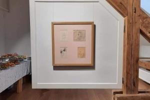 У Мукачеві відкрили виставку, частину експонатів якої знайшли у коробці
