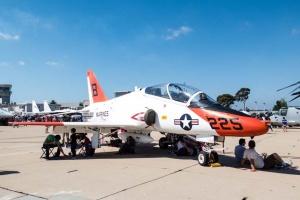 У неділю на житловий район у Техасі впав військовий тренувальний літак