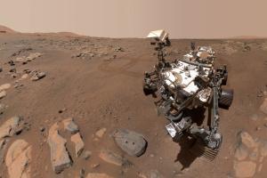Марсохід NASA зробив нове селфі на Червоній планеті
