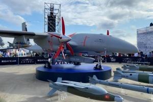 На виставці у Стамбулі представили бойовий дрон з українським двигуном