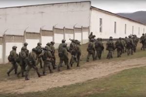 Оккупация Крыма: сообщили подозрение российскому генералу, блокировавшему воинскую часть ВСУ