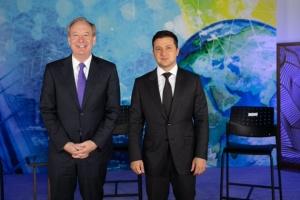 Зеленский обговорил с президентом Microsoft проекты в Украине