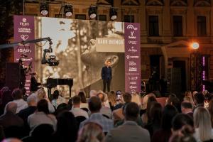 У Києві відбувся перший в Україні благодійний бієнале поезії «Крила маю»