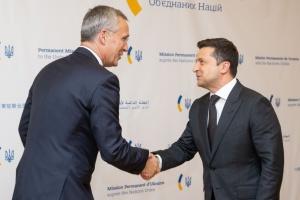 Президент закликав генсека НАТО сприяти у визволенні ув'язнених в ОРДЛО та РФ українців