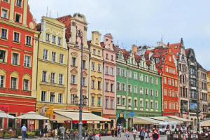 У Польщі українські консули проведуть обслуговування громадян у Вроцлаві