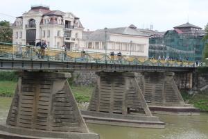 Міст спотикання над Ужем