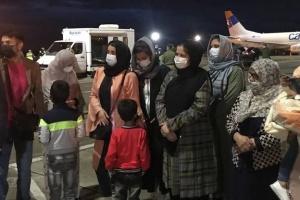 До Києва прибув літак з евакуйованими з Афганістану українцями