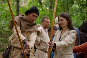 """В Нежине открыли """"Интерактивный скансен"""", который погружает в средневековый быт"""