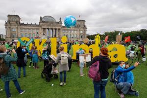 Климатические активисты протестовали в сотнях городов Германии