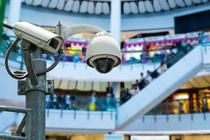 Спецкамеры Минздрава для «шпионажа» за людьми без масок в ТЦ: а это законно?