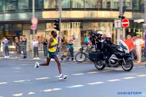 47-й Берлінський марафон: як це було і хто отримає нагороду у €20 тисяч