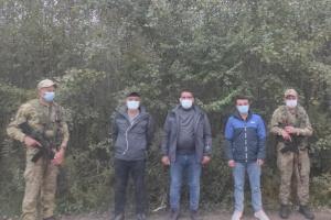 Прикордонники на Львівщині затримали трьох нелегалів з Туреччини
