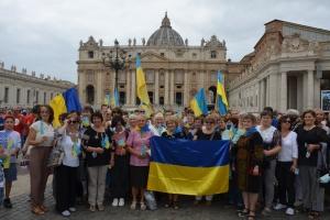 Українці Рима у День Мігранта і Біженця молилися разом із Папою Франциском