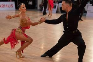 Закарпатцы победили на чемпионате Европы по бальным танцам