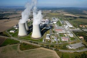Росію та Китай не допустять до будівництва блоку АЕС у Чехії – Земан підписав закон