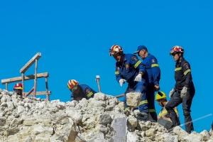 Из-за землетрясения на Крите пострадали 20 человек