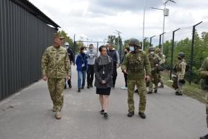 Генконсул Германии посетила «Станицу Луганскую»