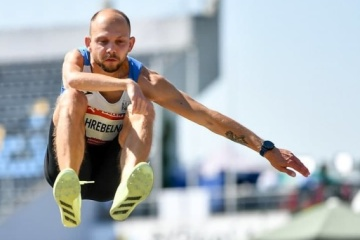 Zahrebelnyi wins Paralympic long jump gold