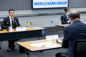 Zelensky invita al Banco Mundial a unirse a la transformación de Ucrania