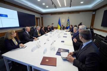 Präsident Selenskyj trifft sich mit Delegation des US-Kongresses