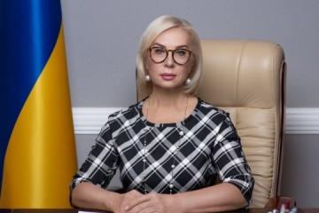 Denisova: Ocupantes enjuician a 125 ucranianos de Crimea