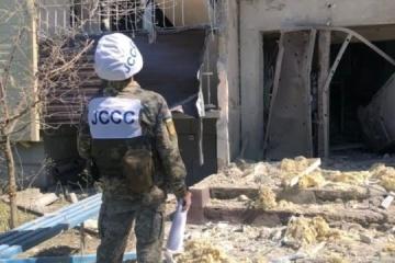 Ostukraine: Besatzer nehmen Orte an Trennlinie unter Beschuss