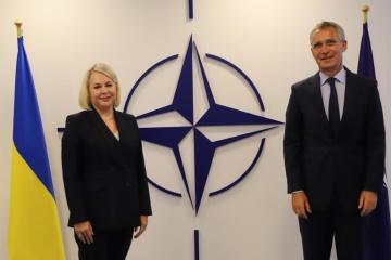 La jefa de la Misión de Ucrania ante la OTAN comienza su trabajo con la reunión de Stoltenberg