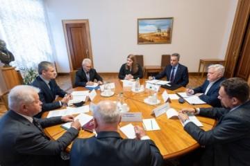 Die Ukraine erörtert Perspektiven der Verteidigungskooperation mit Kanada