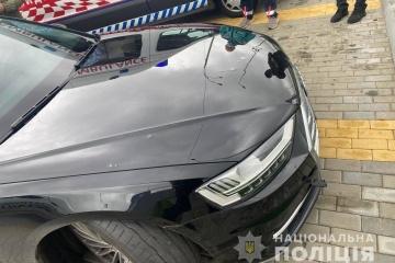 Anschlag auf Helfer des Präsidenten: Auto von mehr als 10 Kugeln getroffen