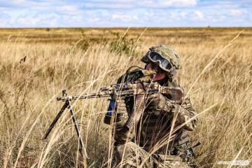 Ocupantes atacan las posiciones de las Fuerzas Armadas cerca de Novoluganske
