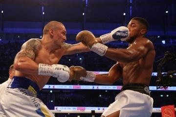 Boxe : Usyk et Joshua pourraient se retrouver dans quelques mois pour une revanche