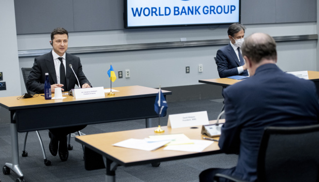 Zelensky discusses land reform with World Bank Group president