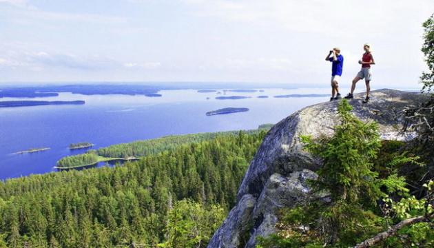 Фінляндія послаблює правила в'їзду для туристів