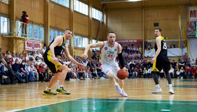 Баскетбол: визначилися учасники чоловічої Вищої ліги сезону-2021/2022