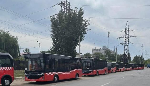 У Харкові на маршрути вийшли нові турецькі автобуси Karsan