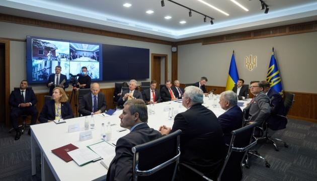 ゼレンシキー大統領、米議会代表団と会談