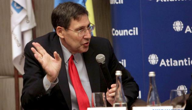 Herbst nazwał wspólne oświadczenie prezydentów Stanów Zjednoczonych i Ukrainy wielkim pozytywem
