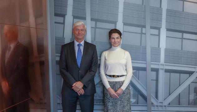 Венедіктова зустрілась з генпрокурором Нідерландів і завтра відвідає суд у справі MH17