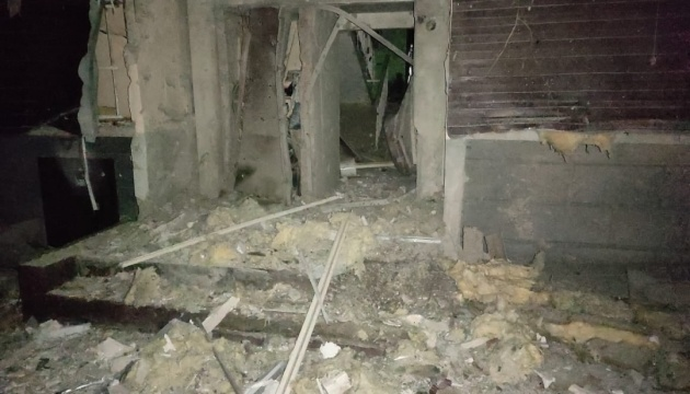 У штабі ООС показали наслідки обстрілу Мар'їнки окупантами