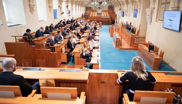 У парламенті Чехії засудили затримання Росією кримських татар