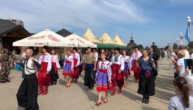 На Львівщині проходить перший фестиваль історичної пісні та поезії «Шабелина»